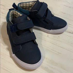 NWOT Boys Hi-top Shoes